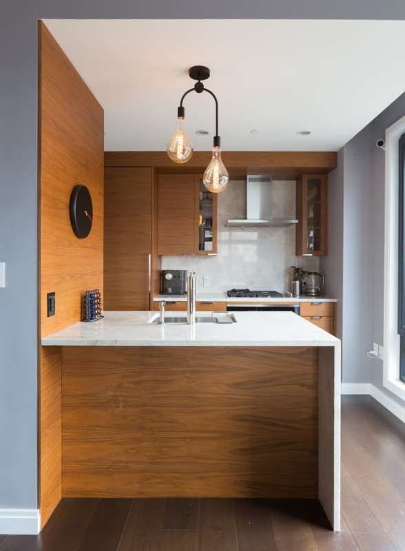 Pictures of Phoebe Robinson's Brooklyn Apartment