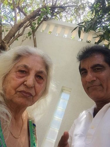 Raj Babbar's mother and brother