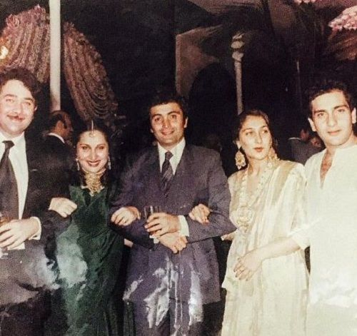An old picture of Rajiv Kapoor with his family