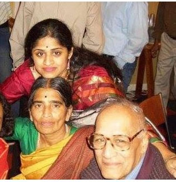 Jayshree Ullal with her sister and parents