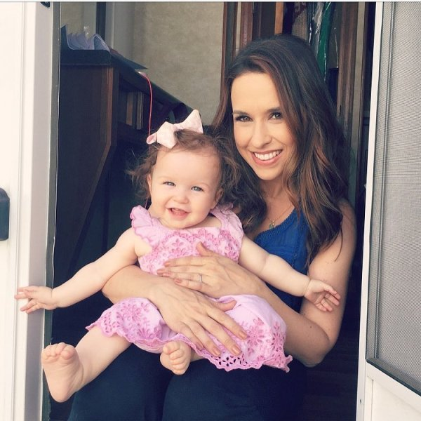 Lacey Chabert with her daughter