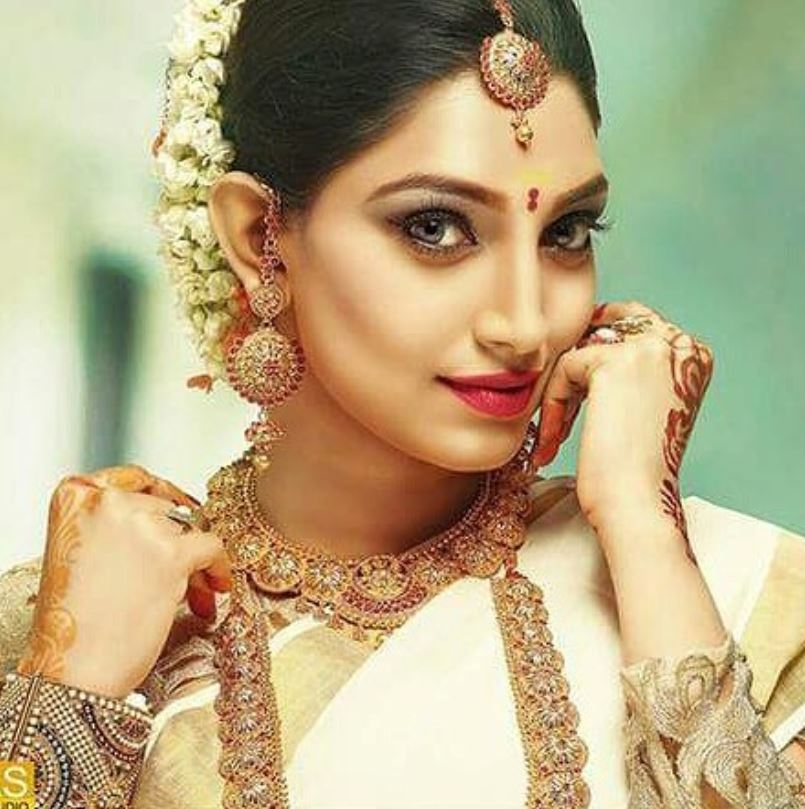 Rithu Manthra posing for a bridal calendar shoot