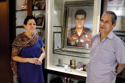 Sandeep's parents, K Unnikrishnan (father) and Dhanalakshmi Unnikirshnan (mother)