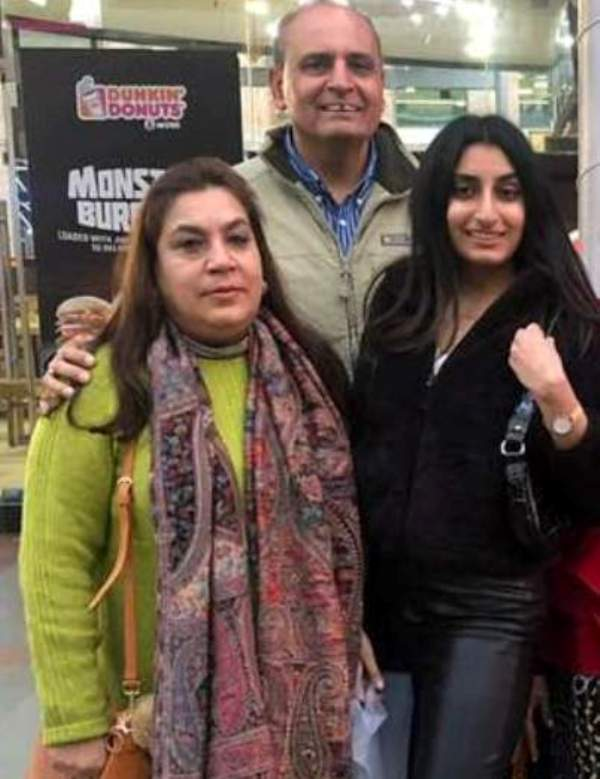 Sanjiv Bhasin with his wife and daughter