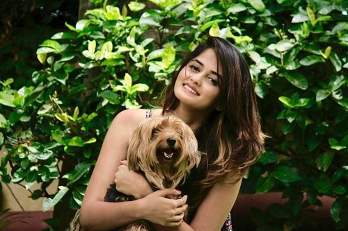 Shivani Patil with her pet dog