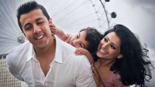 Vaibhav Rekhi with his first wife and daughter