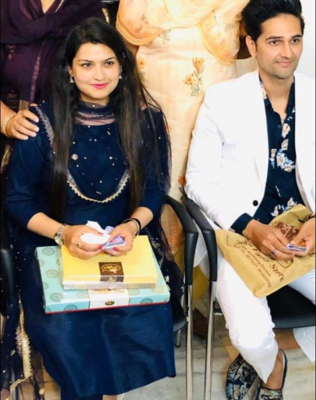 Vikas Khoker with his fiance