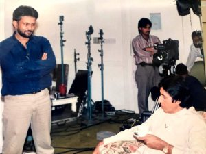 Young Ajit Anjum preparing for Amitabh Bachchan's interview