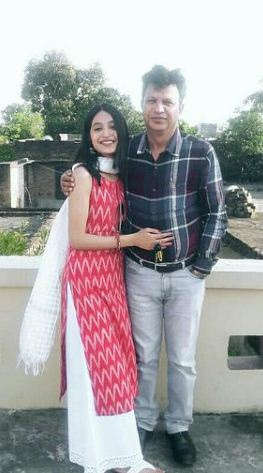 Aarushi Chib with her father