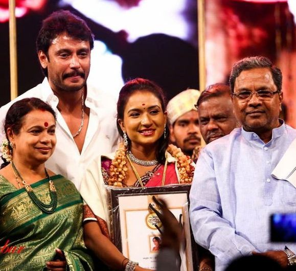 Nirmala Channapa with her Best Actress State Award