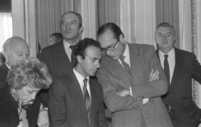 Olivier Dassault as a Paris councilor with mayor Jacques Chirac