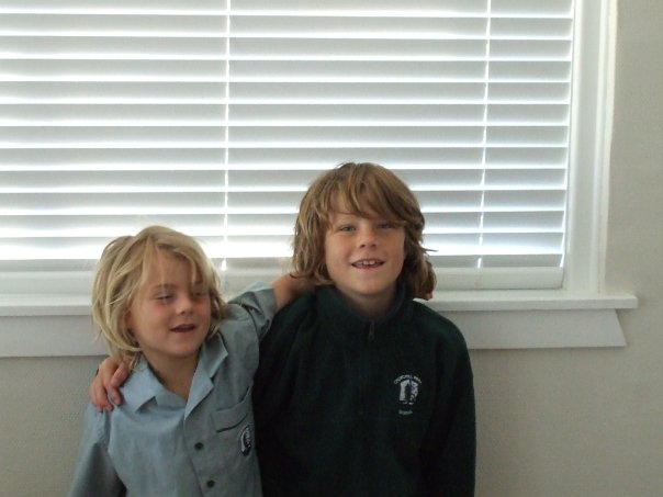 A childhood picture of Finn Allen (right) along with his younger brother, Jordy Allen