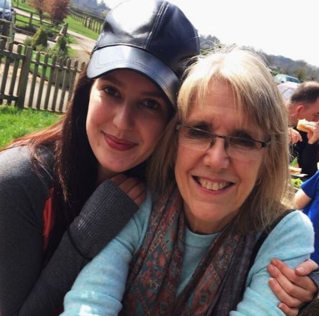 Isabelle Kaif with her mother