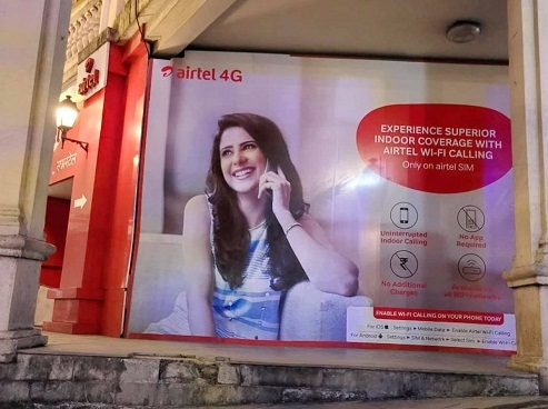 Onima Kashyap in the print advertisement of Airtel 4G