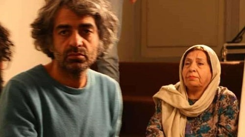 Babak Khorramdin with his mother in a film