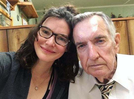 Chelsea Edmundson with her father