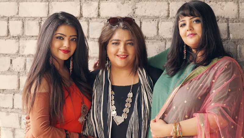 Kanu Priya with her daughters