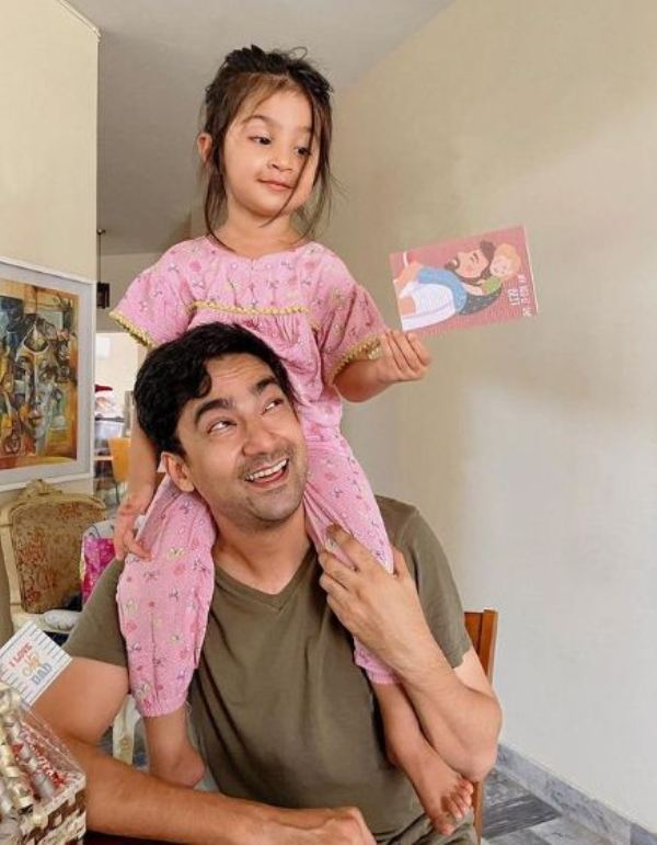 Ali Safina with his daughter