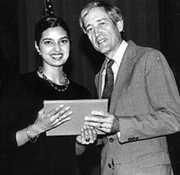 Columbia University President George Rupp presents Jhumpa Lahiri with The 2000 Pulitzer Prize in Fiction