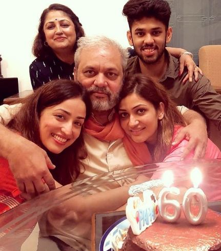 Yami Gautam with her parents and siblings