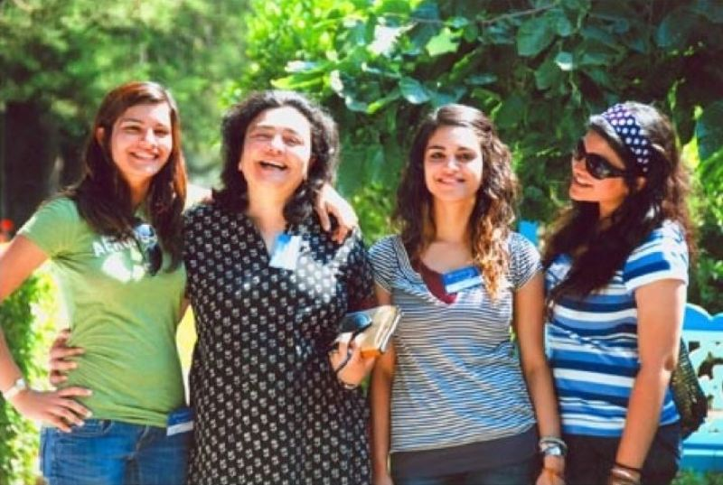 Zia Mody with her three young daughters