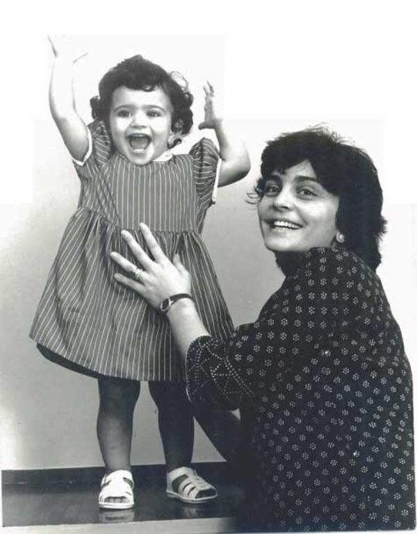 Zia with her daughter Anjali Mody