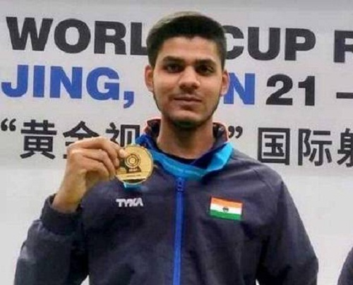 Divyansh Singh Panwar with ISSF World Cup gold medal in 2019