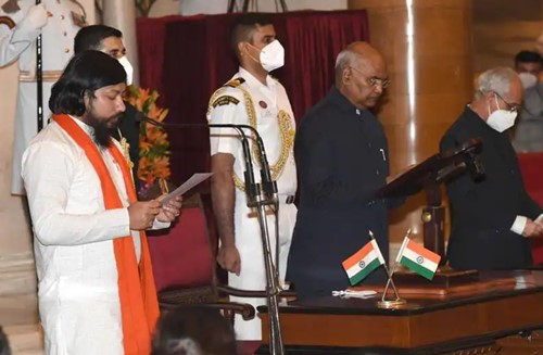 Nisith Pramanik with the President of India Ram Nath Kovind during the oath-taking ceremony
