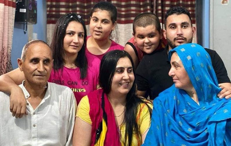 Pooja Rani with her family
