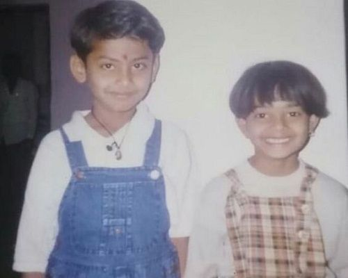 Aaditya Sawant's (Dynamo Gaming) childhood picture with his sister