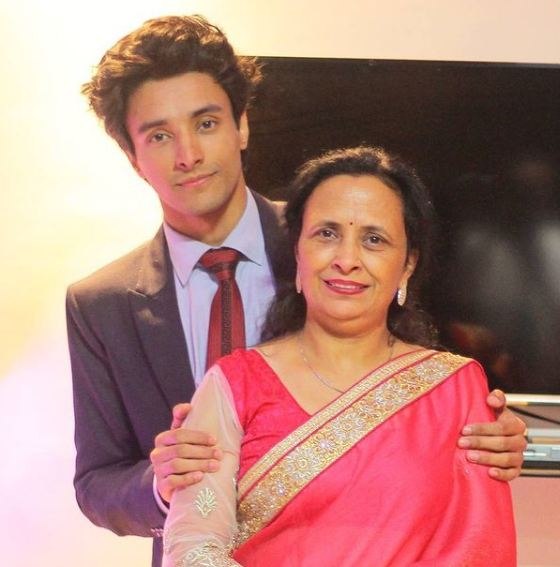 Aksh Baghla with his mother