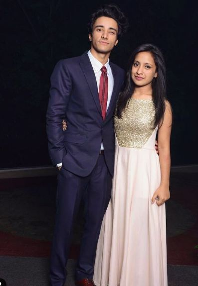 Aksh Baghla with his sister