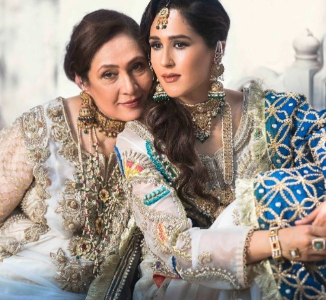 Mira Sethi with her mother