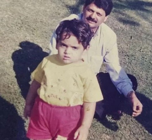 Naman Mathur's childhood picture with his father
