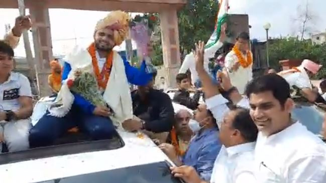 Manish Narwal welcomed in his city Ballabhgarh