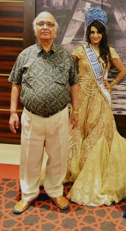 Naaz Joshi with her father