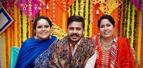 Namanveer Singh Brar with his sister and mother