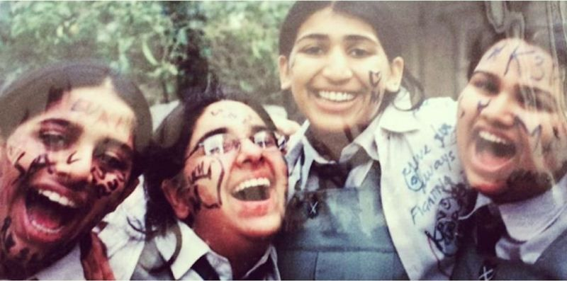 Pooja Dhingra with her friends during her school days