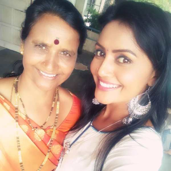 Sonali Patil with her mother
