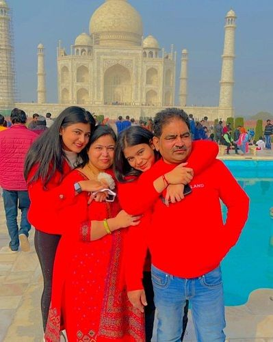 Surbhi Rathore with her family