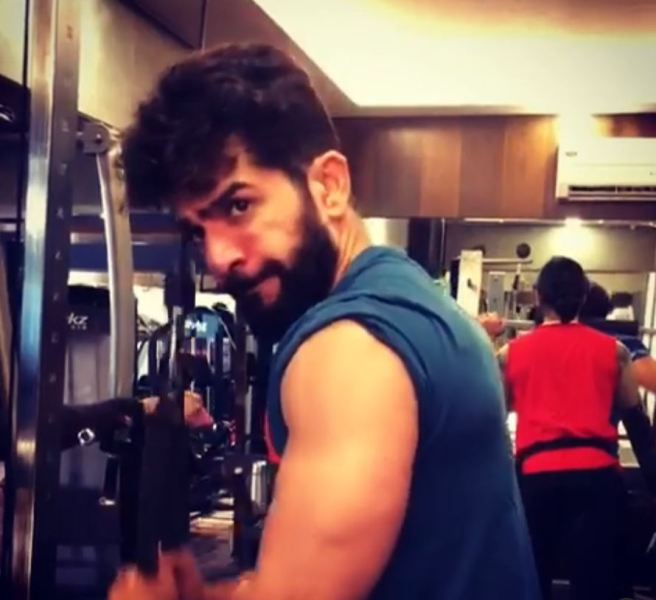 Jay Bhanushali while working out at a gym
