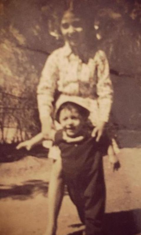 Kaizzad as a kid with his sister