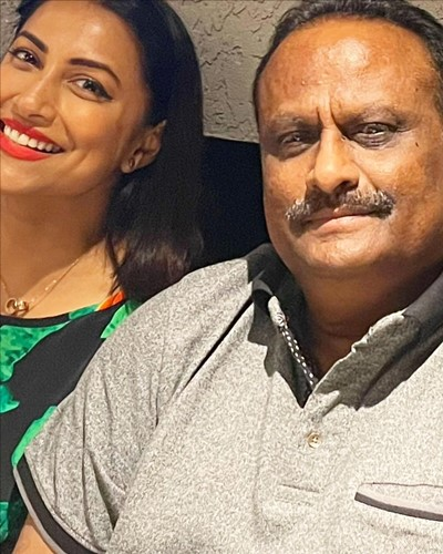 Kranti Redkar with her father-in-law, Dnyandeo Wankhede