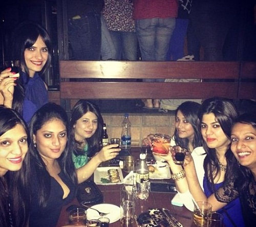 Pooja Dadlani at a party